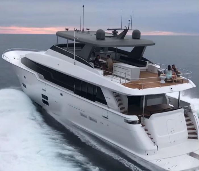 Hatteras M90 Panacera (2018) Boat Test